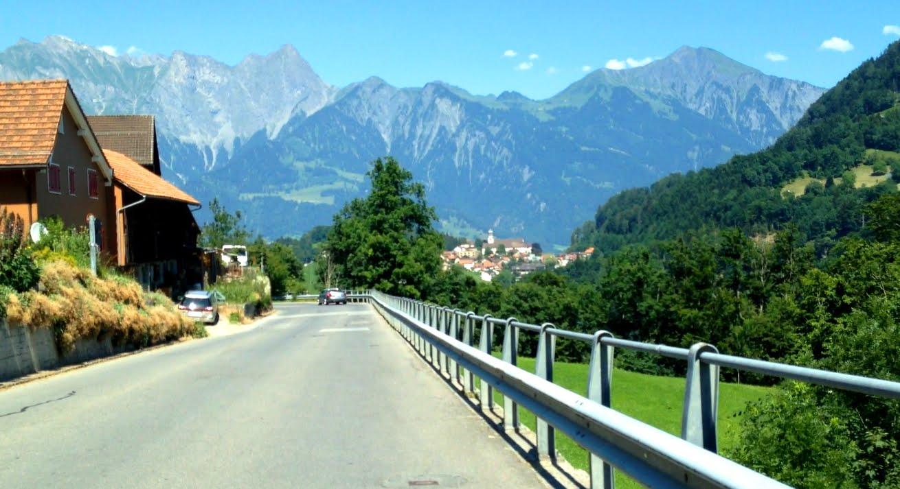 Postauto Ostschweiz | Linie 452: Bad Ragaz – Valens – Vasön (und zurück)