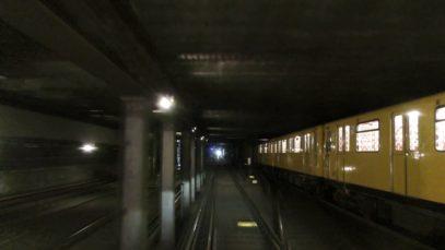 U-Bahn Berlin – U2 IK Führerstandsmitfahrt Theodor-Heuss-Platz – Pankow [4K]