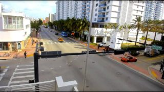 Live HD Webcam: South Beach, Miami Beach.